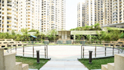 Ready to move flats in expressway noida