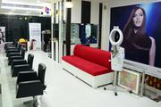 makeup studio in noida